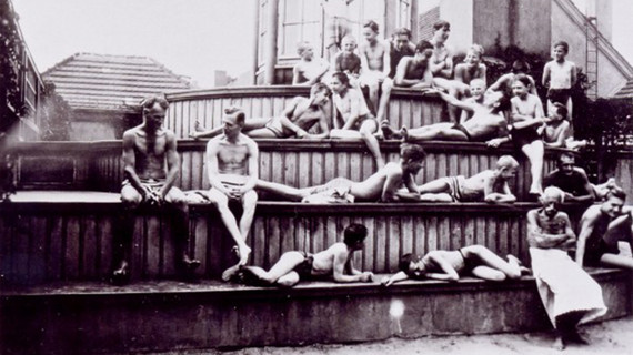Schwimmbad neuköln